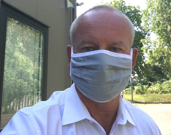 Business-as-unusual-kim-facemask