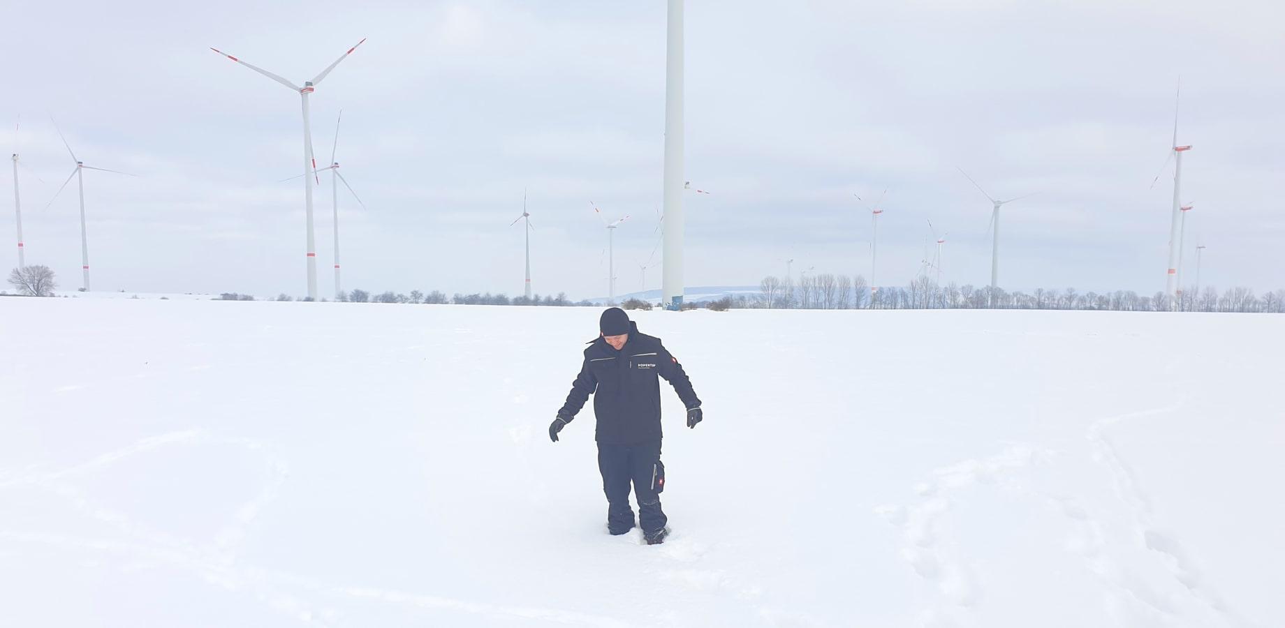 Momentum-snow-drifting-wind-power-min