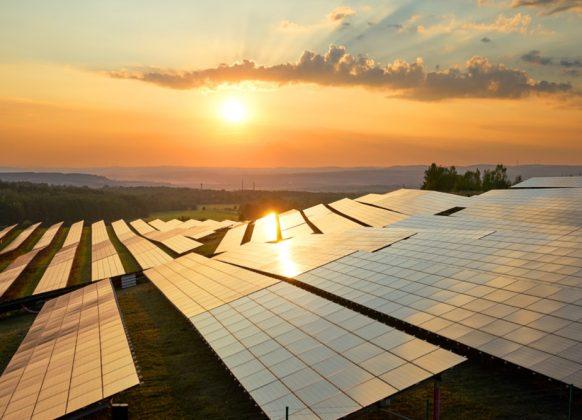 Momentum-Case-Solar-Energy-Companies